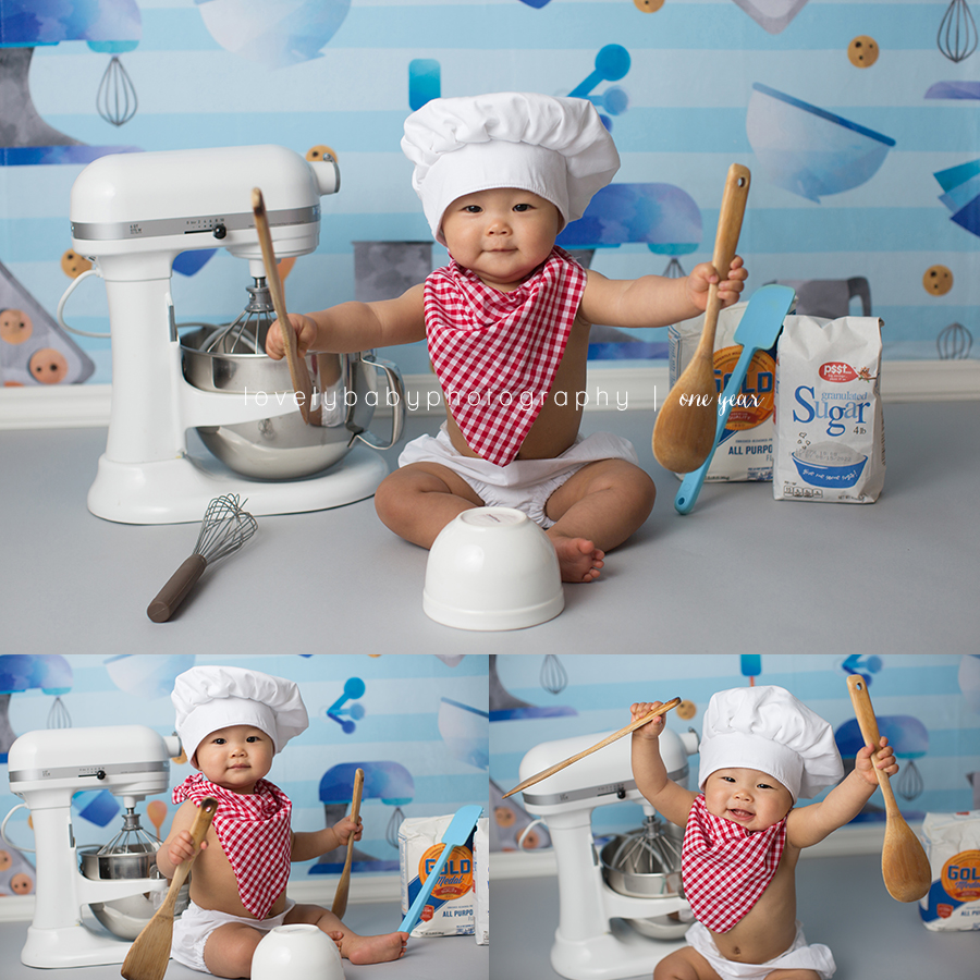 HOW CUTE is this baking set??  Mom brought the mixer and supplies, as well as the chef outfit, and I supplied the backdrop.  LOVE how cute this baking cake smash session came together!