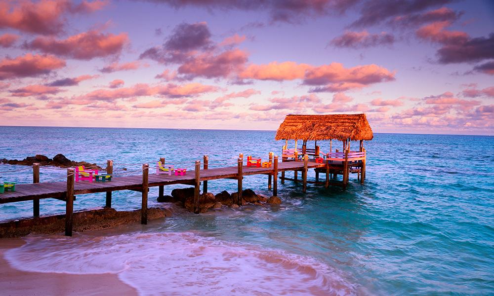 Dawn's Kiss, Bahamas.jpg