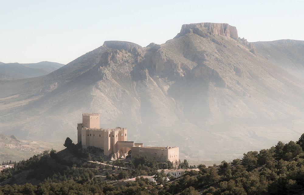El Castillo de Don Pedro Fajardo y Chacón en lo alto de Vélez Blanco, Almería, España.