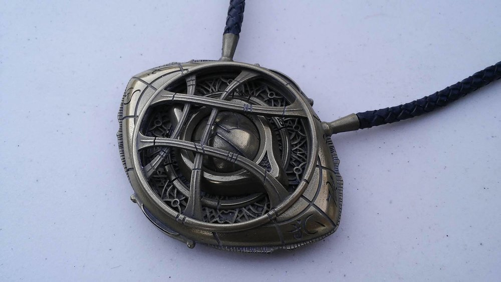 Jarmanprops_Eye of Agamotto