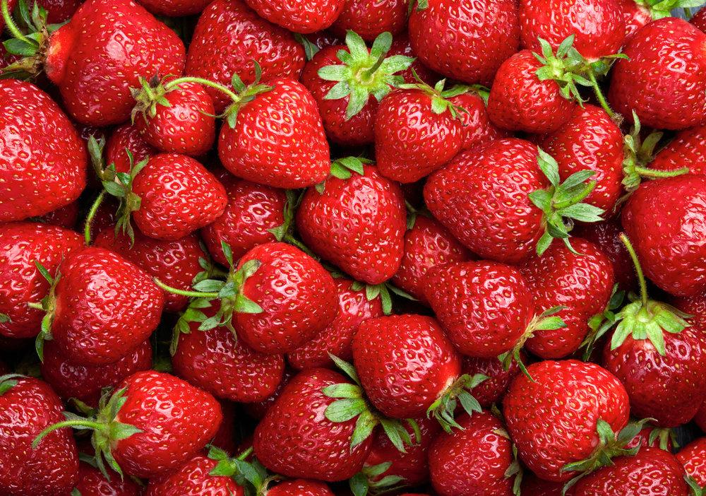 Chocolate-Covered-Strawberries-Shakeology.jpg