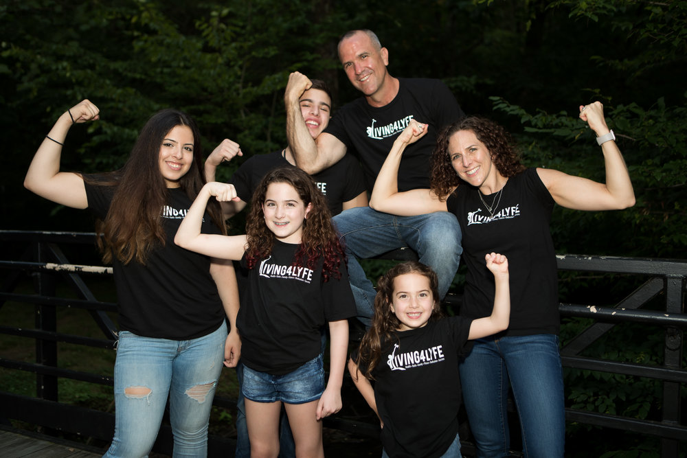 Allison-Reveiz-Family-Fitness.jpg