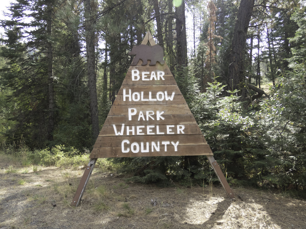 The entrance sign into the campground.