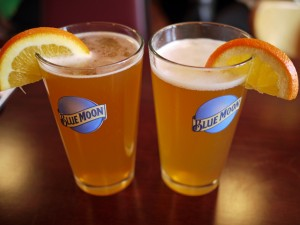 Blue Moon with suggested serving garnish, photo by Randy F.