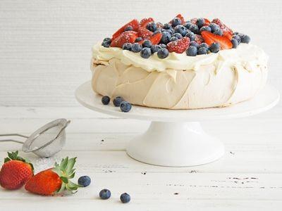 pavlova, courtesy bestrecipes.com