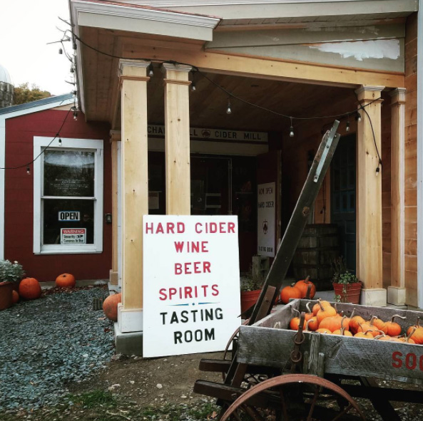 Orchard Hill Cider Mill, photo by Keith Allison