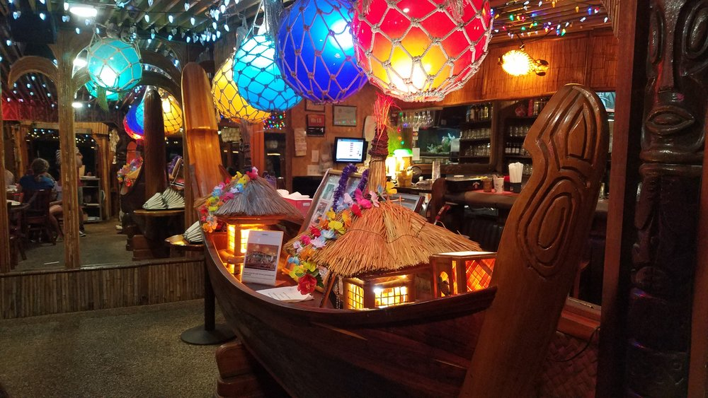 la mariana bar 2.jpg
