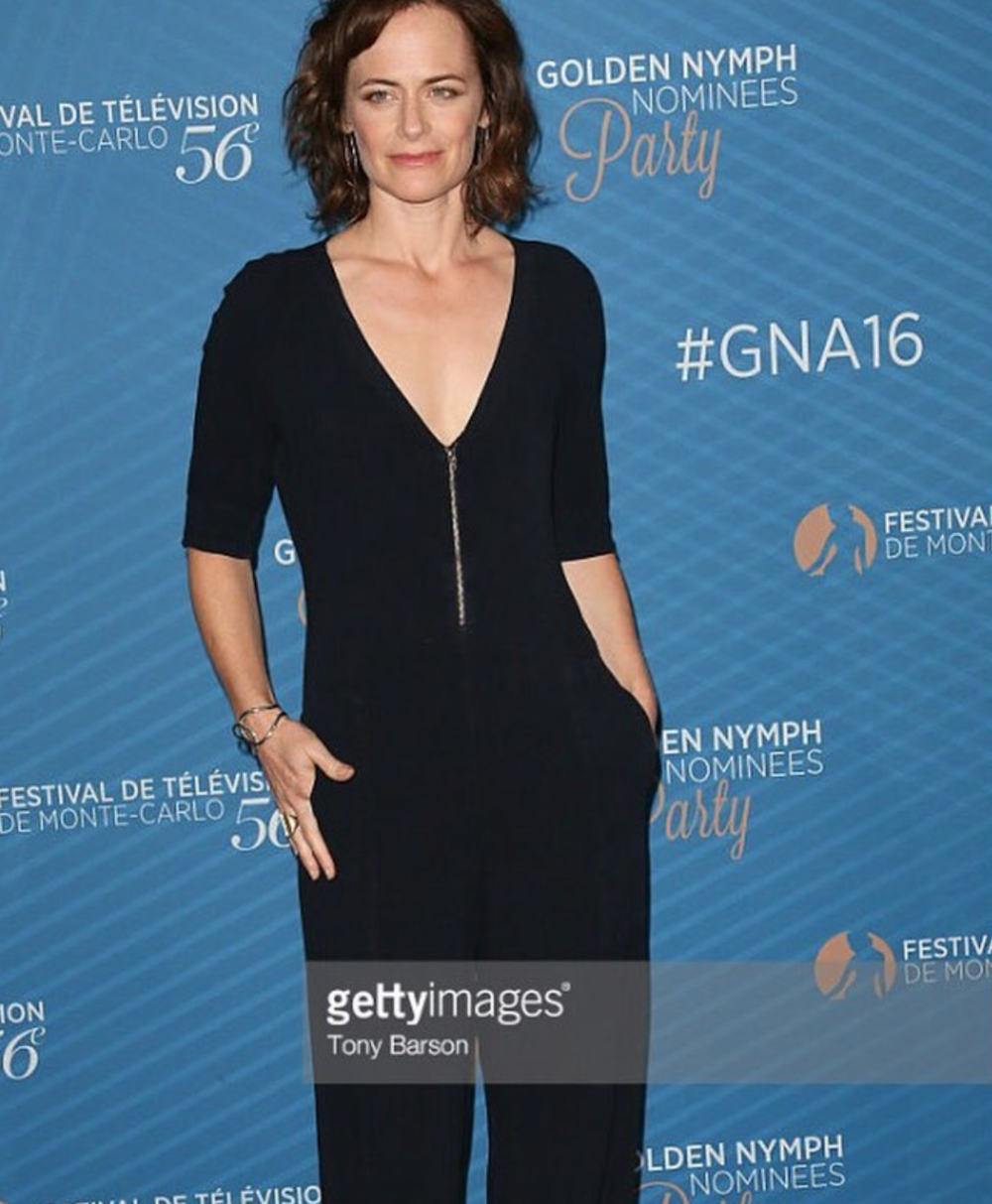 Sarah Clarke wearing Venus cuff in gold  June 2016