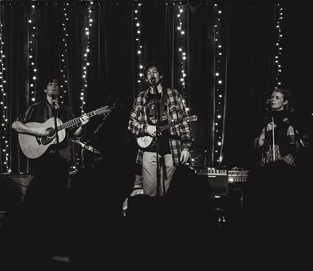 We are very excited to return to @kingsraleigh for a special evening of music alongside the @debonzobrothers on 12/27! Link to presale tix in bio. 🎅🏻#BrothersHolidayBash #brothersegg #debonzobrothers 📸 @cameronhusain