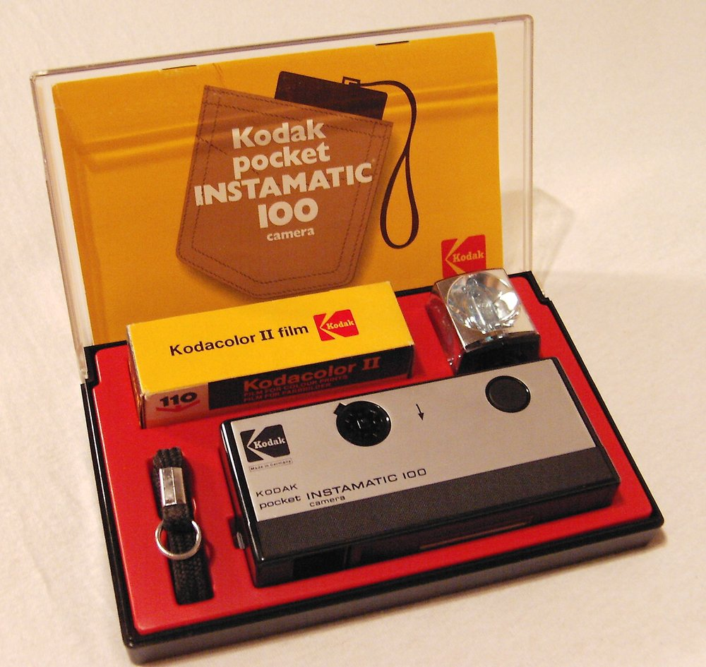 Kodak_pocket_instamatic_100_(1972)-1.jpg