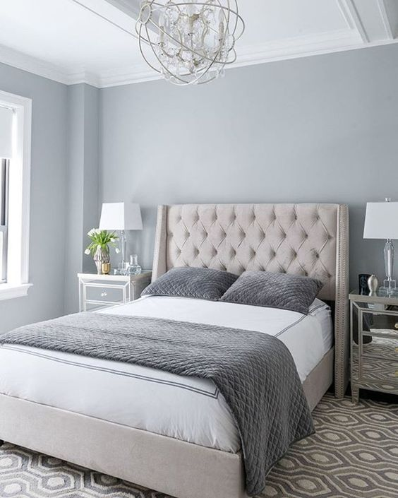 PHOTO CREDIT: Instagram @matthewcandesigns + @miyeyesseethis and published by Benjamin Moore on Pinterest