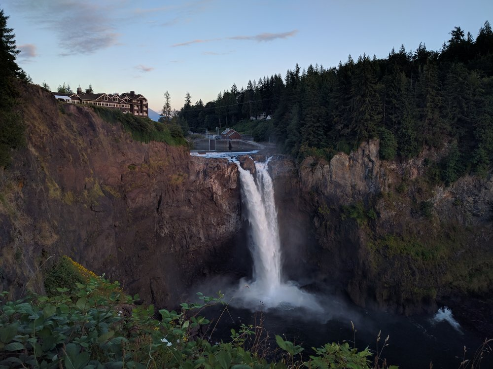 Snoqualmie Falls and Salish Lodge and Spa