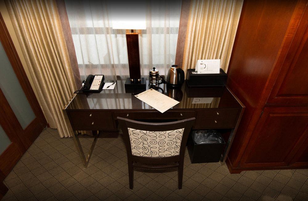 Hearthman Guest desk 1.jpg