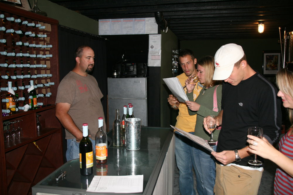 Jowler Creek Winery  offers  winetasting  and wine events in its  winetasting  room near Kansas City Mo, Weston Mo and St. Joseph Mo. It is the best  winery  in the area and is the industry leader in making  sustainable  Missouri  wines  in the midwest.