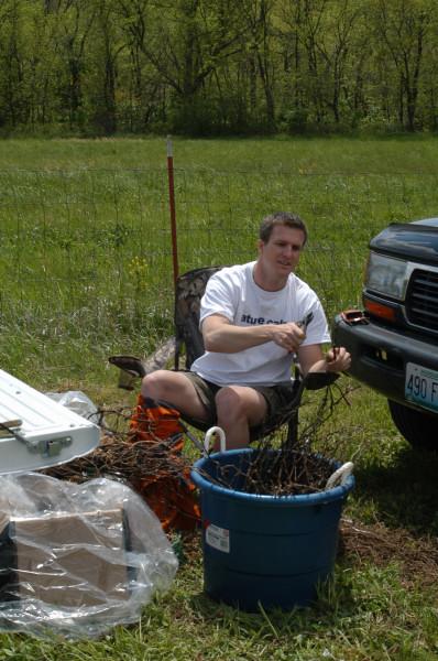 PlantingGrapesatJowlerCreekWinery