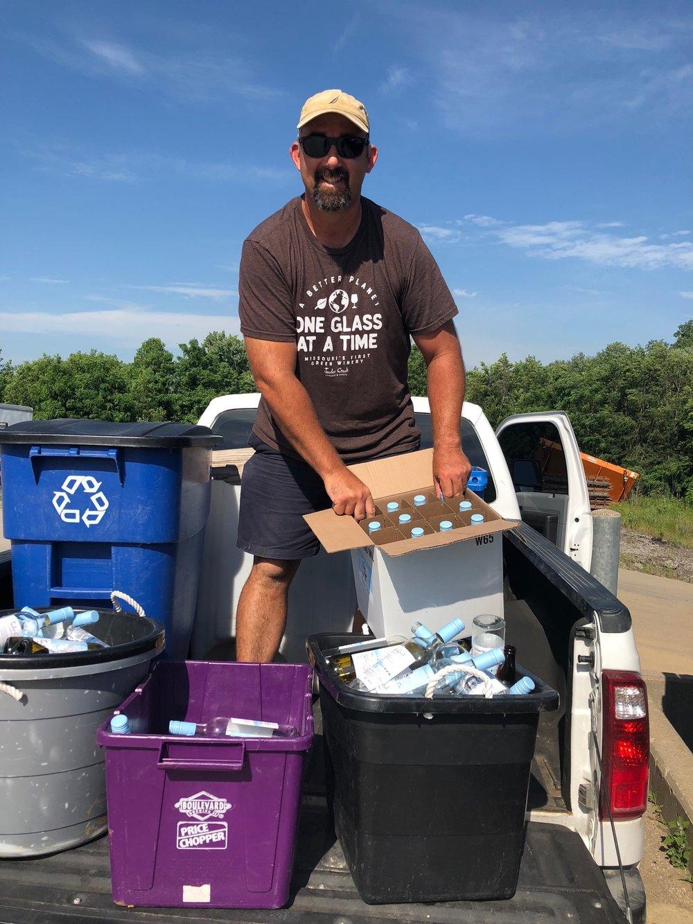 jowler-creek-sustainable-winery-recycles.jpg