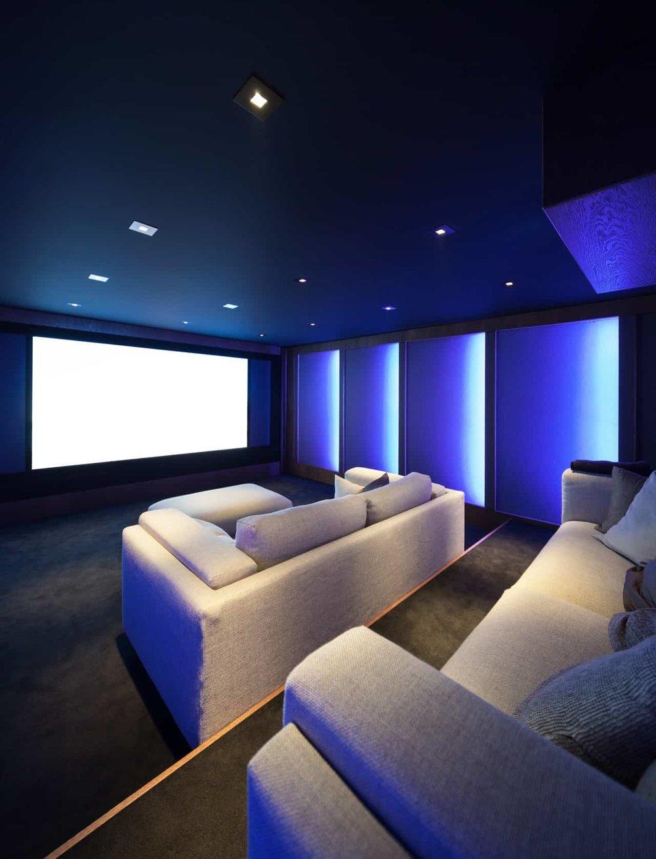 Home-theater-interior-sofas-cannes-monaco-funfrock.jpg