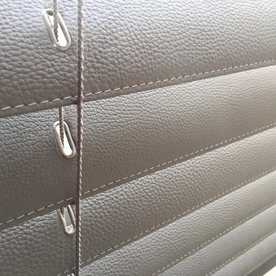 detail-store-venitien-cuir-suntwist.jpg