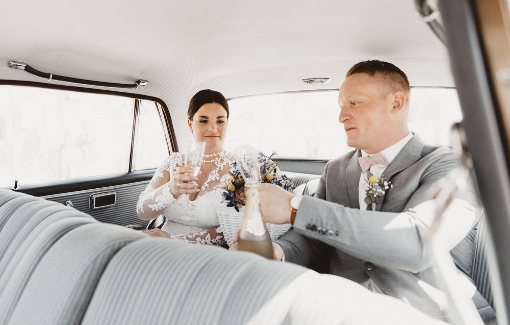 Kristina & Marc 2018 - Adam har sørget for at fange de smukkeste øjeblikke til vores bryllup, billeder som jeg kun turde drømme om - har aldrig fortrudt valget.Så rolig og kompetent. Og virkelig god til vores to børn.Han kunne få os til at være afslappet og bare nyde dagen.Tak fordi Du var med til at gøre dagen magisk og forevige vores lykkelige dag!Den største anbefaling herfra.