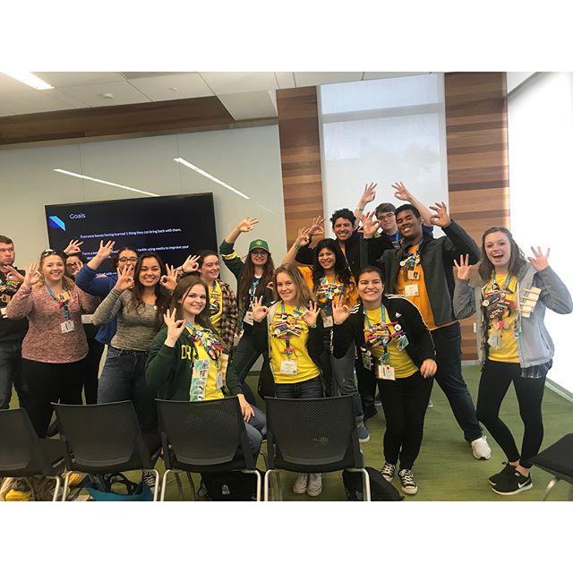 Throw what you know!💙💛💚 #PACURH2017
