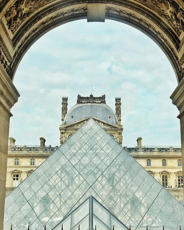 Where in the world is @lenamadedesigns? - - - - - #louvreinspired