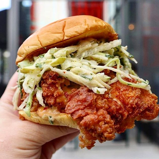 What came first: The chicken or the bun? . . #liquorette #genuineliquorette #chcikensandwich #friedchicken #servedallnight #eeeeeats #bar #basementbar #nyc #fwx #foodandwine #cocktialbar #littleitaly