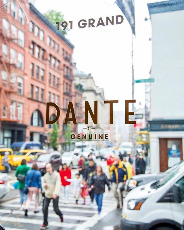 Nothing better than a spitz to brighten up a gloomy day. 🍹☀️ . . 📷: @bryantakesshots  #littleitaly #eeeeeats #draaaaanks #cocktials #cocktialbar #bar #aperitivo #aperitivohour #nyc #newyorkcity #fwx #foodandwine