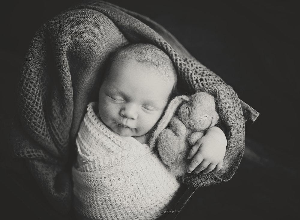 NewbornBenjamin_Web-34.jpg