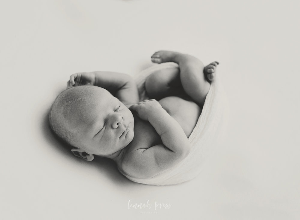 Newborn Cooper_Web-75.jpg