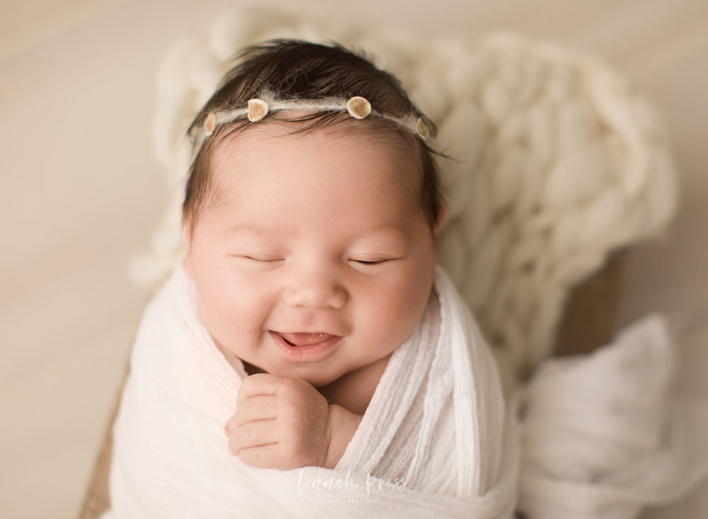 Newborn Isla_Web-54.jpg