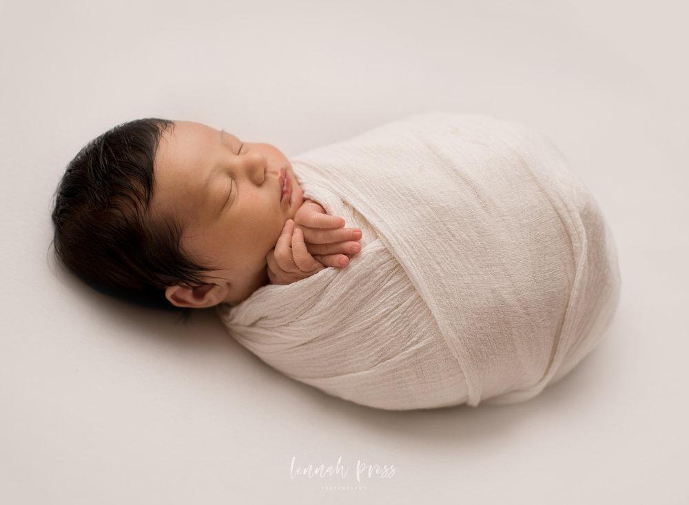 Newborn Henry_Web-14.jpg