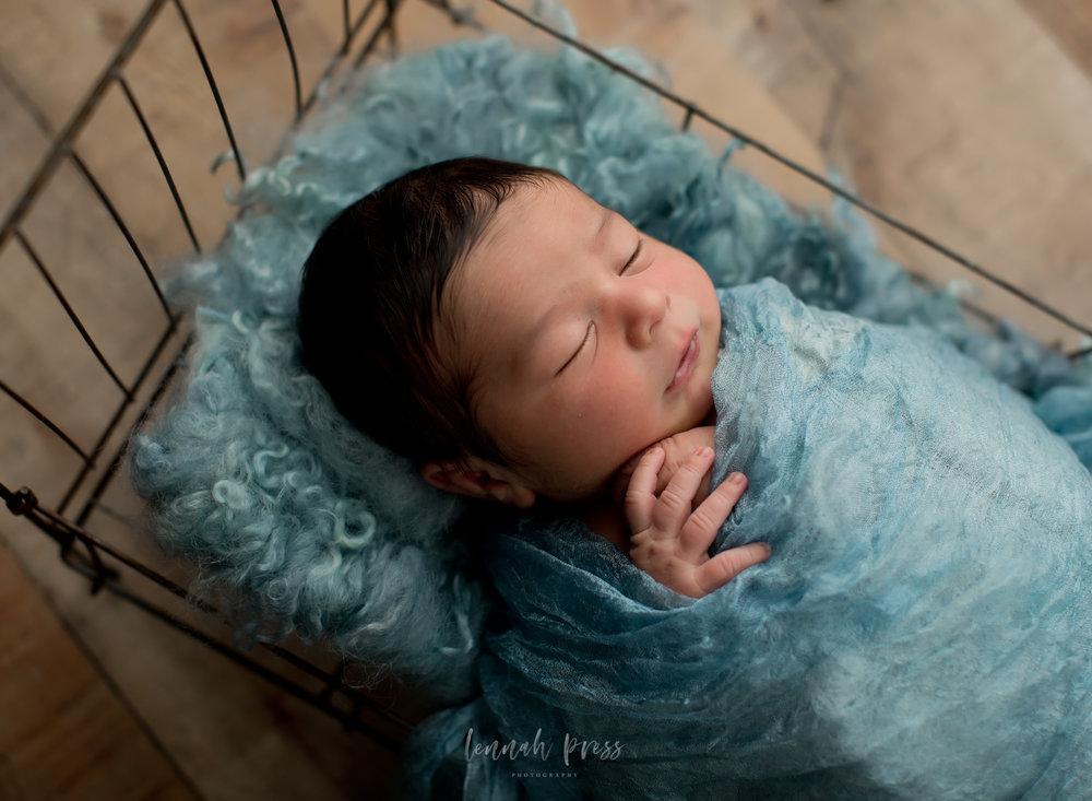 Newborn Benjamin_Web-10.jpg