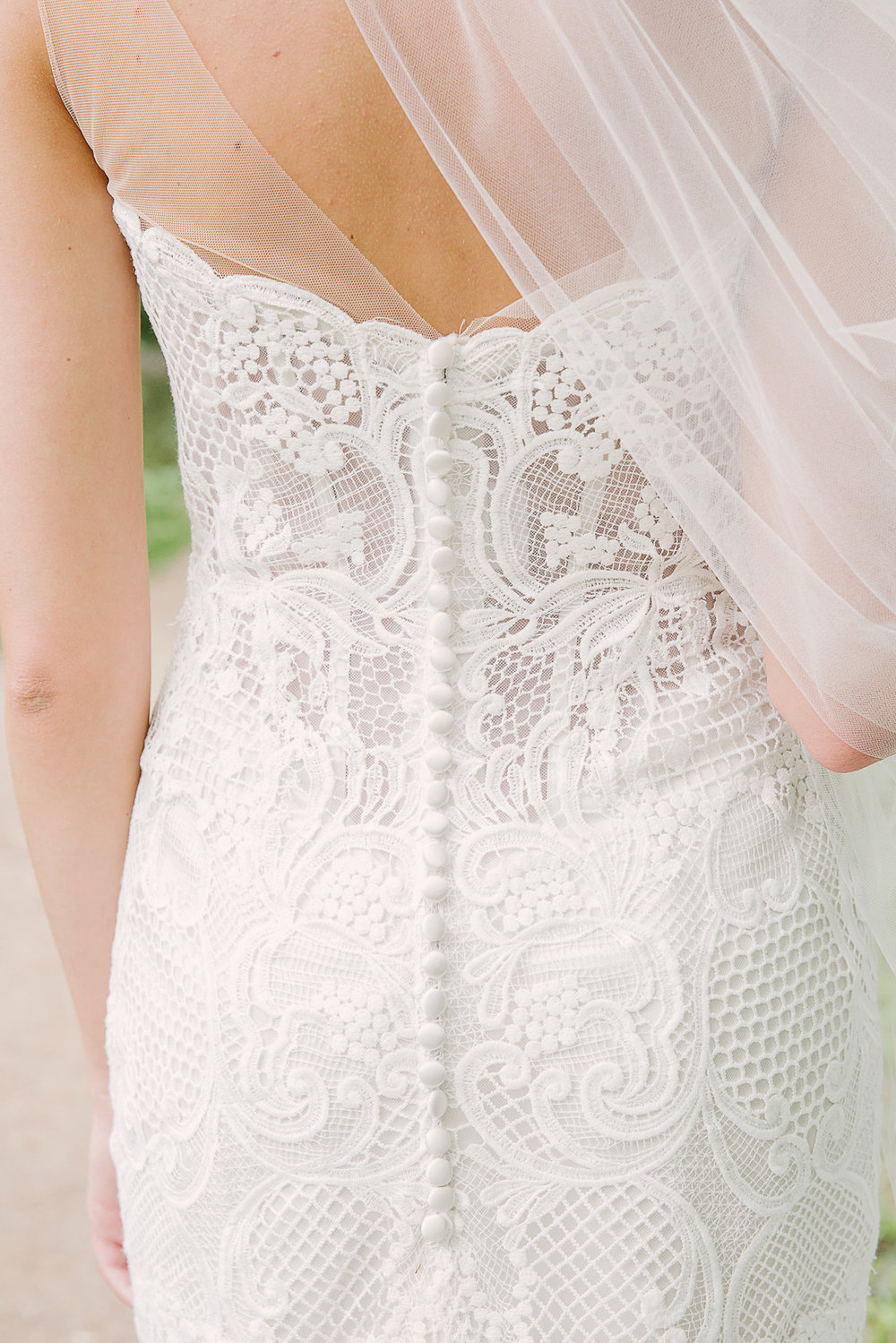 Lace-Wedding-Dress-Back-Chicago-Wedding-Glamour-Lace-Events.jpg