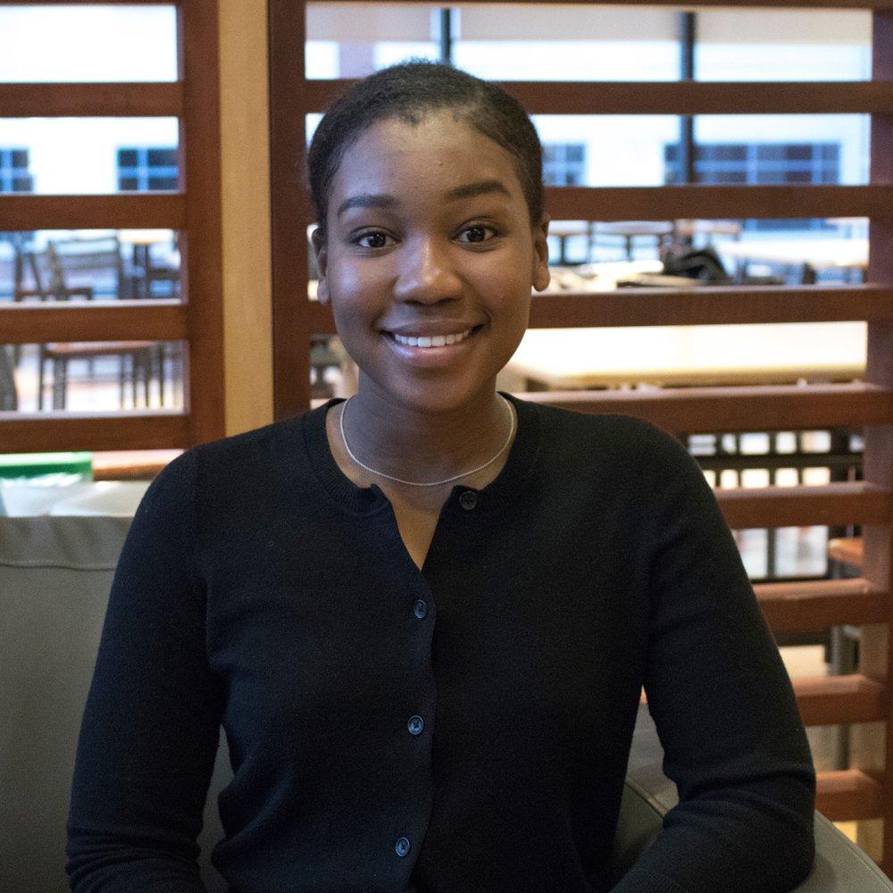 Nom: Asha Francis  Année et Programme: 3ème année de Physique  Fait Amusant: J'aimerais étudier les trous noirs et la matière noire quand j'aurai terminé mes études.  Courriel:  phy@ssa-aes.com