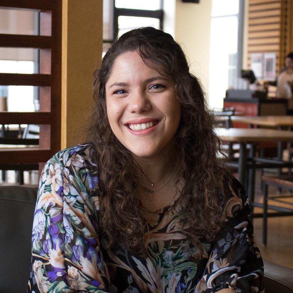 Nom: Eleni Sokou  Année et Programme: 3ème année de Sciences biomédicales avec un mineur en Sciences sociales de la santé  Fait Amusant: Je joue de 5 instruments de musique (6 si vous incluez le chant) !  Courriel:  bim@ssa-aes.com