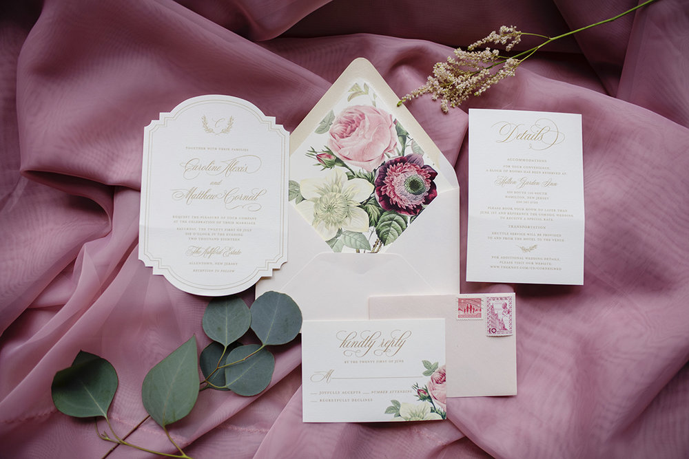 Grace Starr Photography  A vintage floral envelope liner takes this invitation suite to the next level