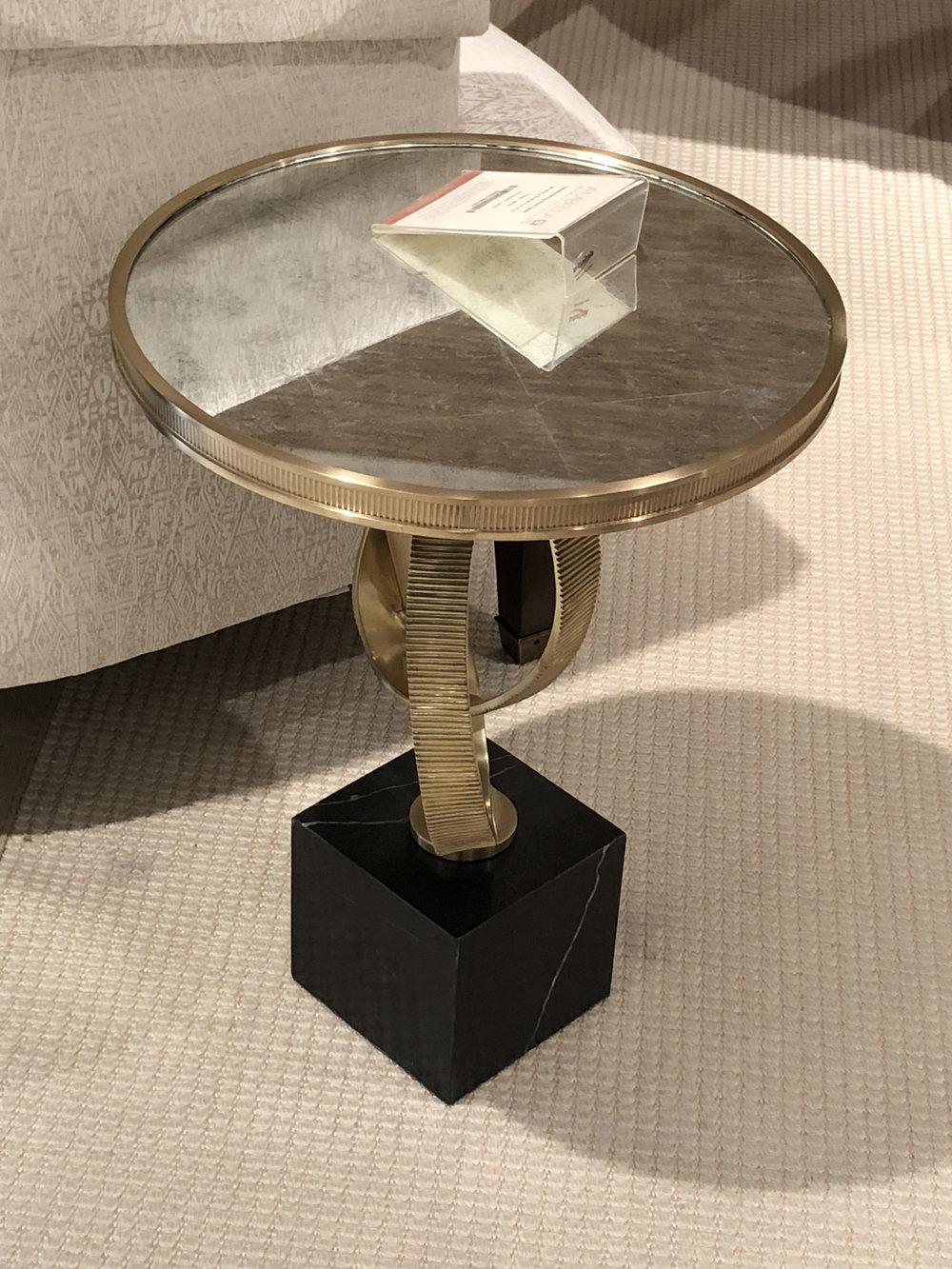 Ambrella drink table