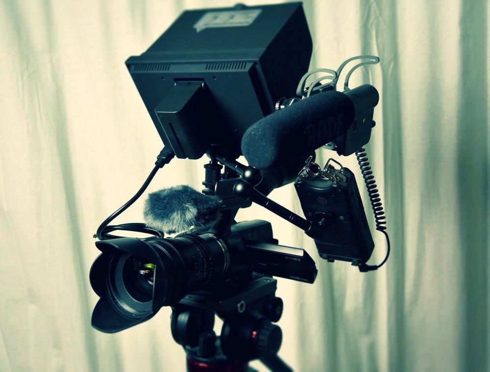 aperture-audio-blur-274924.jpg