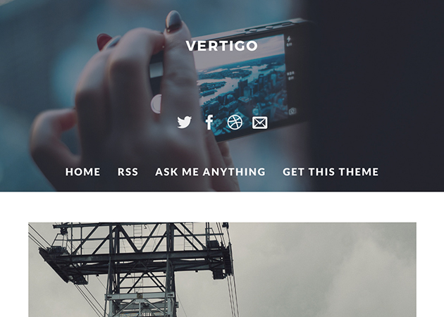 Vertigo - シンプル。フォトセットも綺麗に表示してくれるのが嬉しい。