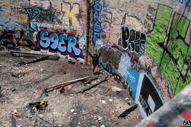 ape-is-dapper-los-angeles-nazi-yards-graffiti-17.jpg