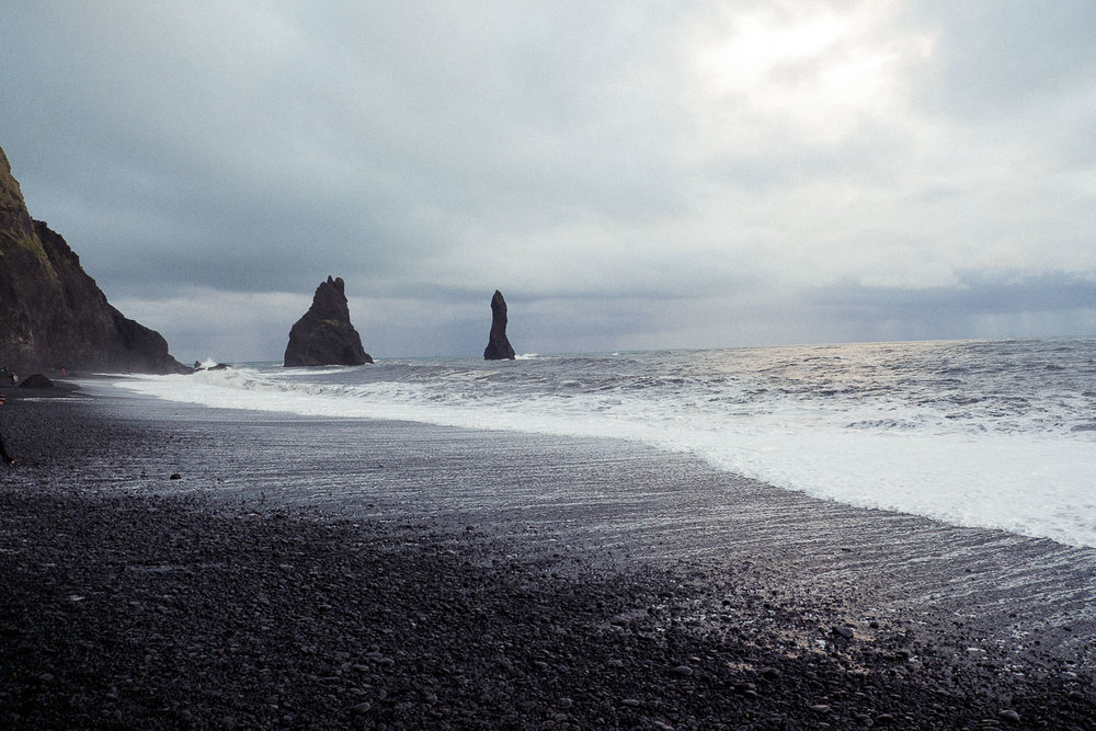 iceland black sand beach rocks