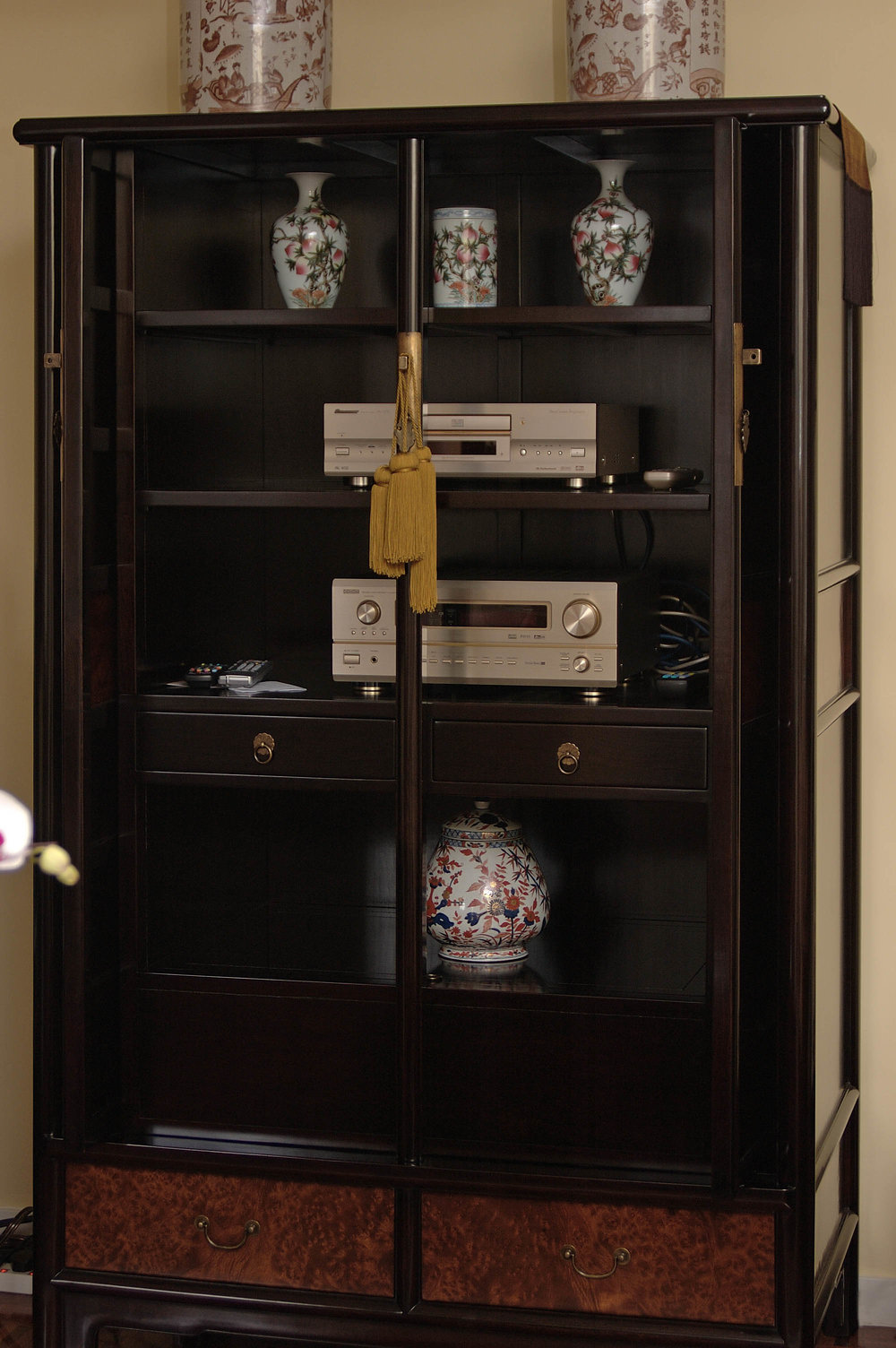 ....bespoke chinese ming style furniture : armoire cabinet..特别定制中式明式家具 : 大柜....