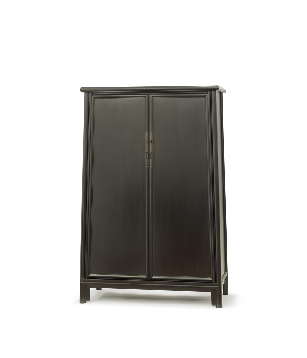 ....bespoke chinese ming style furniture | rosewood london : splay leg cabinet..特别定制中式明式家具 | 瑰丽伦敦酒店:面条柜....