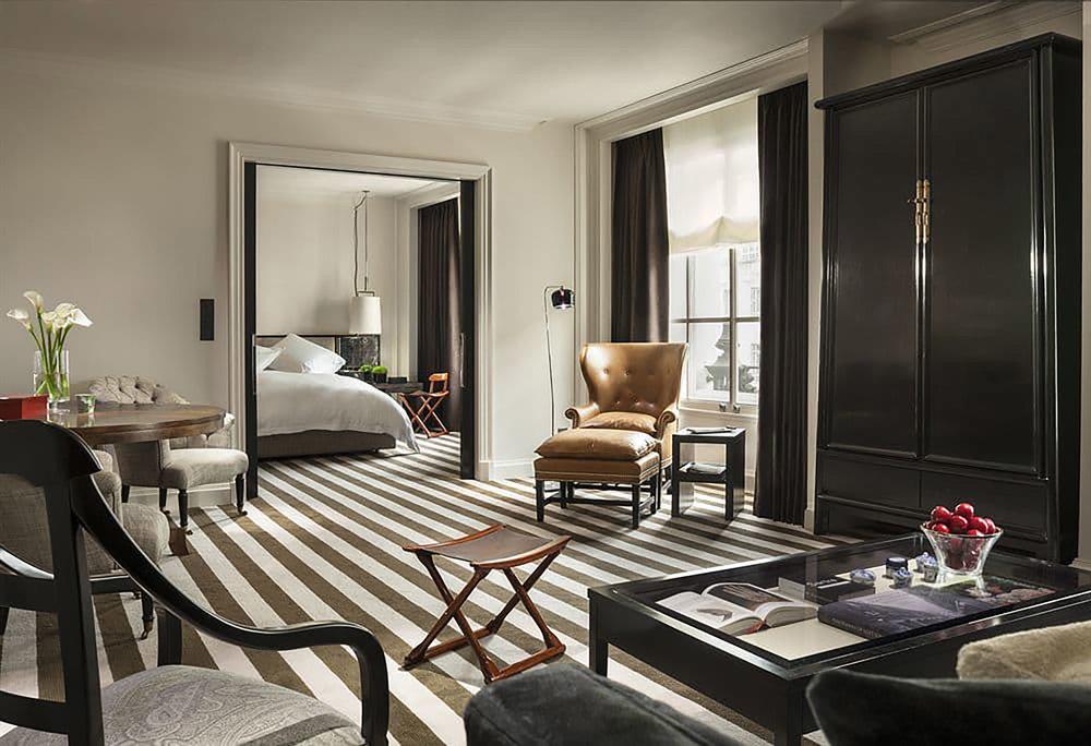 ....bespoke furniture | rosewood london : splay leg cabinet..特别定制家具 | 瑰丽伦敦酒店:大柜....