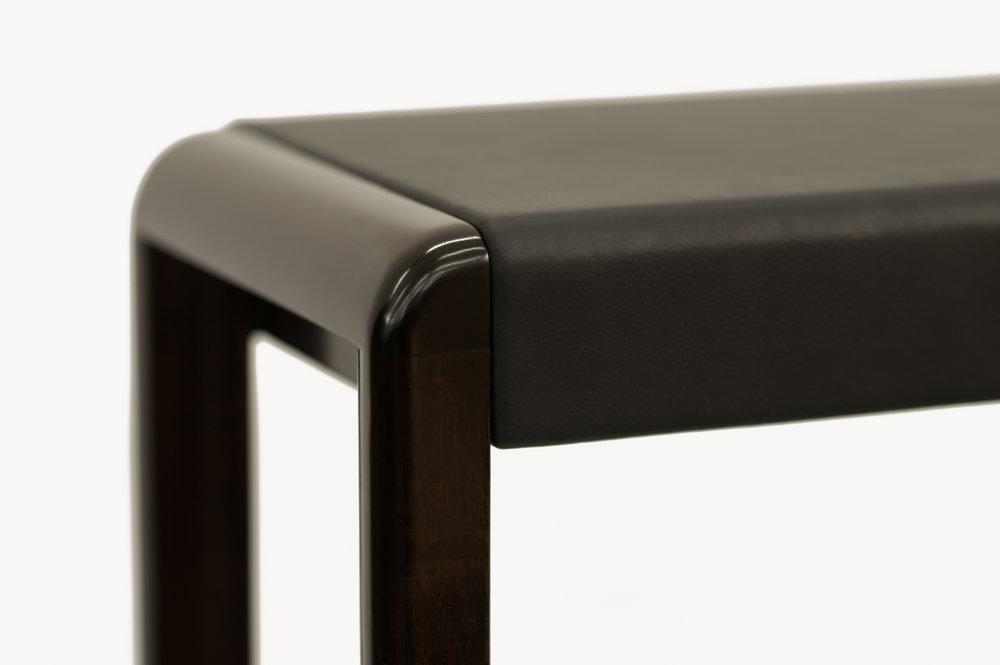 ....Bespoke modern furniture : Low Table..特别定制现代家具: 低台....