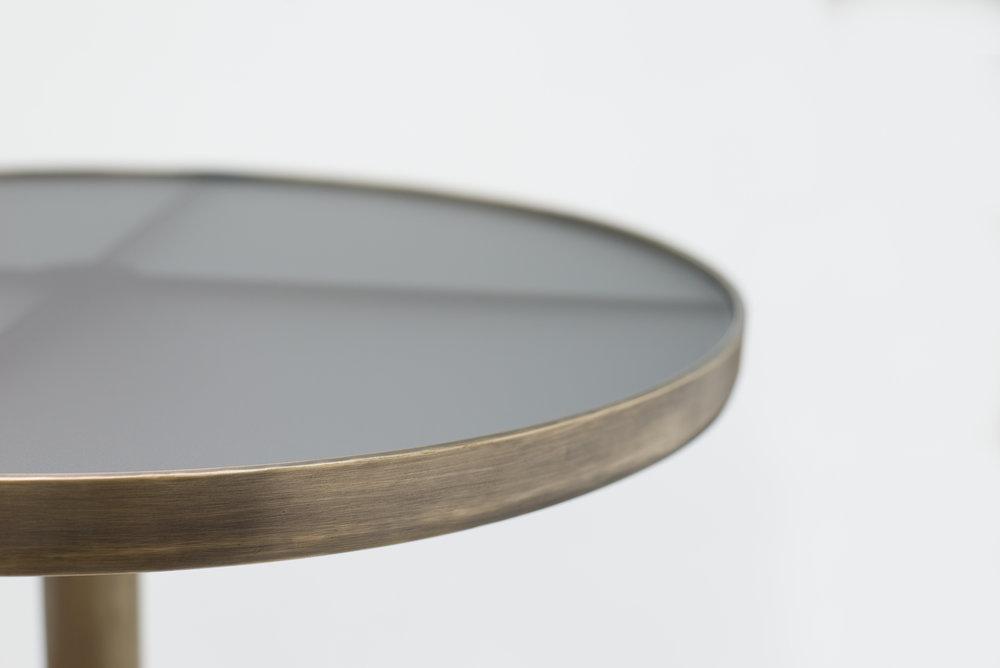 ....Bespoke Art Deco Style furniture : Brass Round Table..特别定制艺术装饰风格家具: 黄铜圆台....