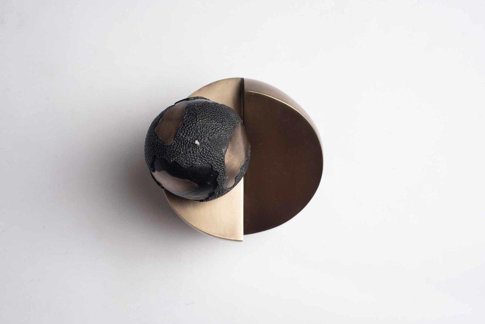 BS33S-BRG-AND-SP1XS-D131-V3-Product-shop-Patrick-Coard-Paris-Candle-Texture-Shagreen-Sculptural.jpg