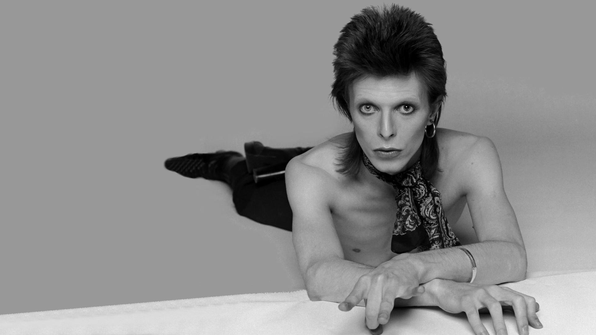 Bowie-david-bowie-34011378-1920-1080