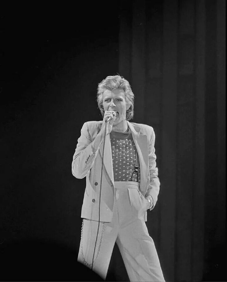 Bowie Braces