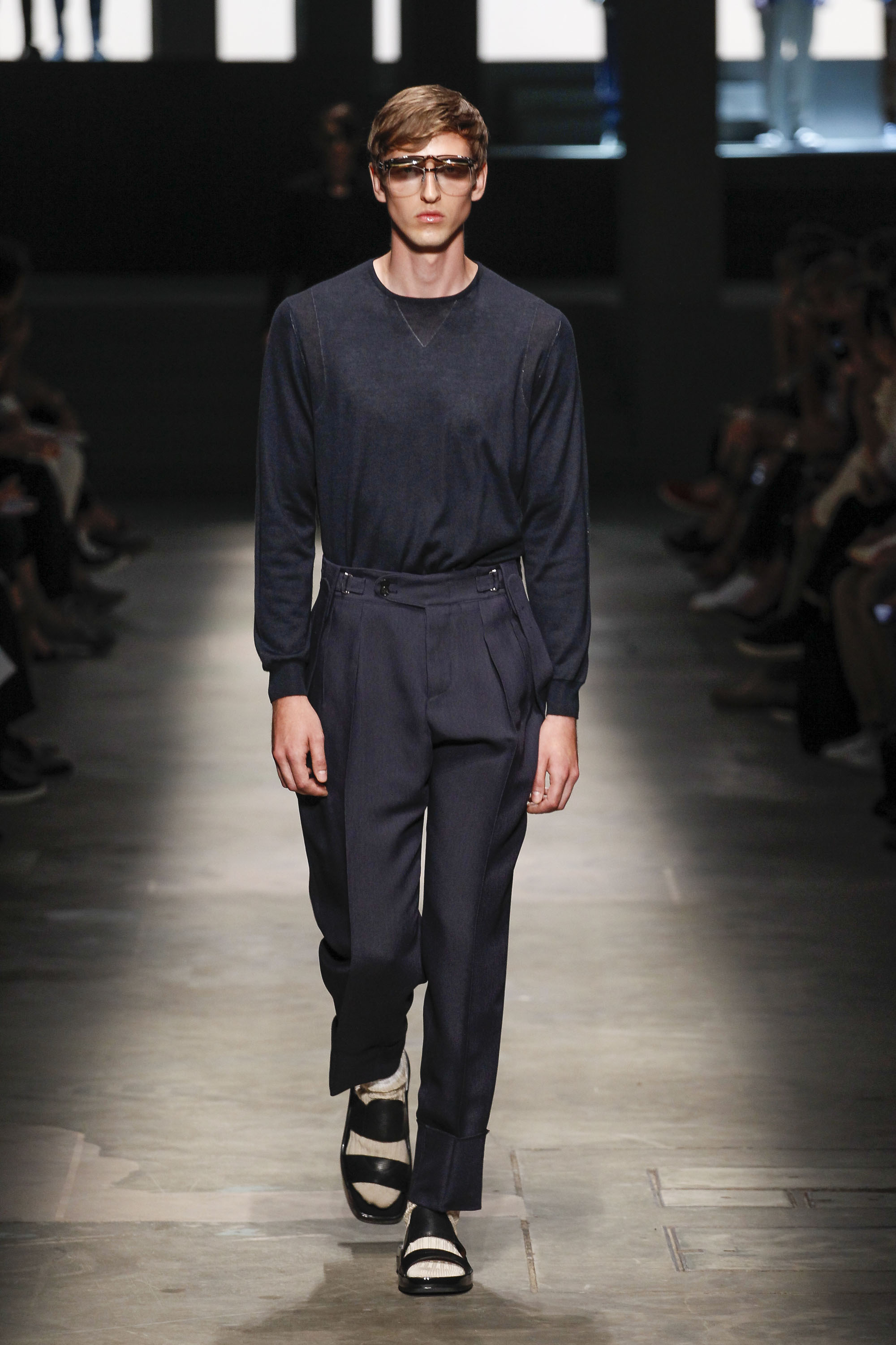 Zegna navy pleats 11